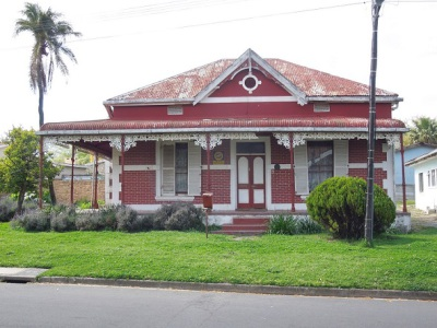 Red House, 68 Kahler Street