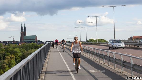 Sweden_Cycling_Lane