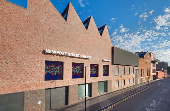 newport-street-facade-home